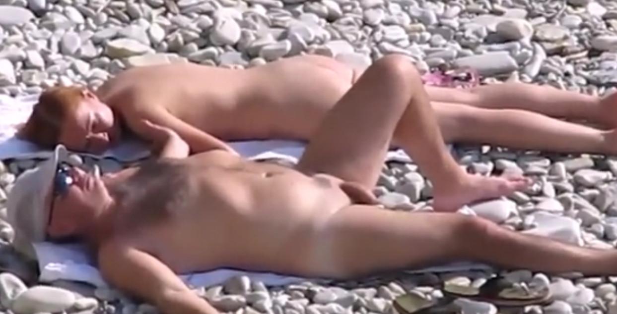 Подглядывания в на пляже