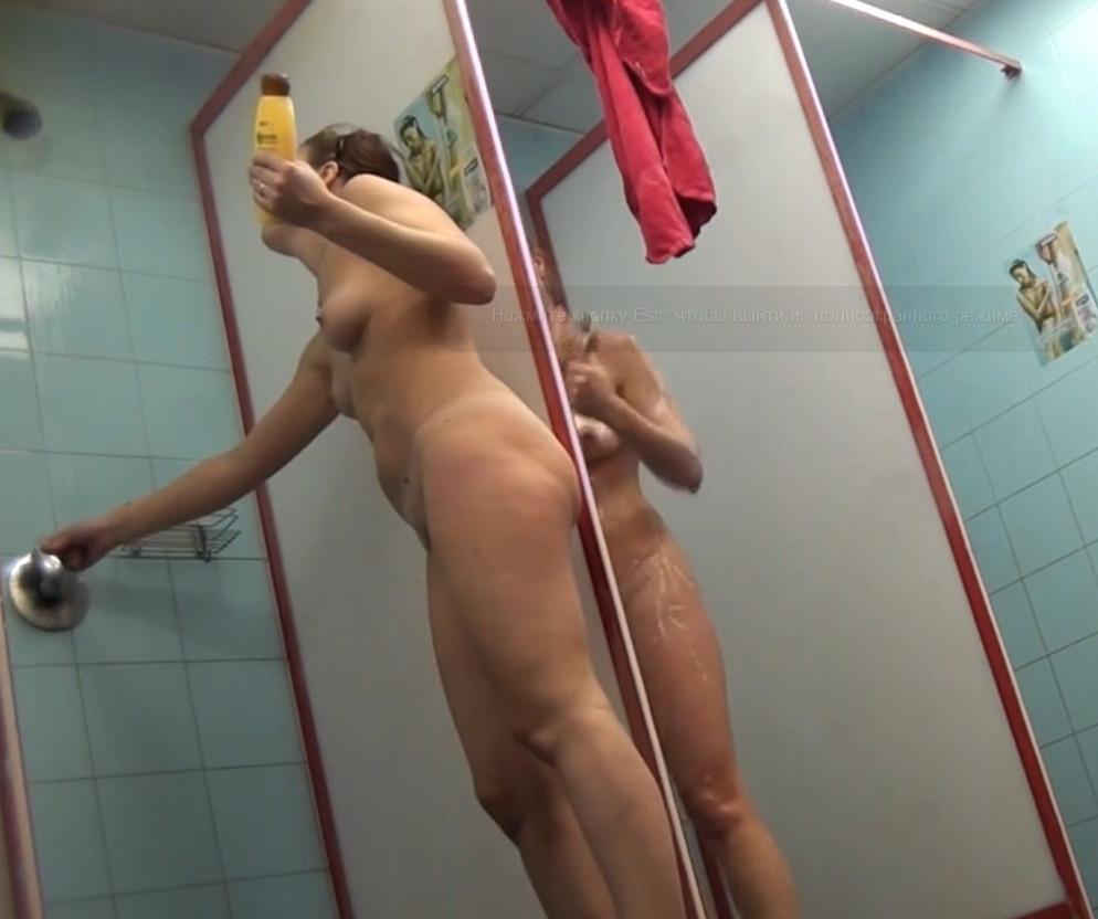 Подглядывание в бане за девками смотреть онлайн