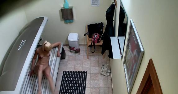 Скрытая камера в солярии смотреть онлайн, массаж