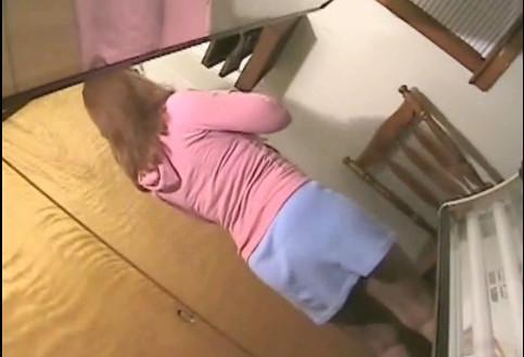 Скрытая камера фото  голые девушки в женском туалете