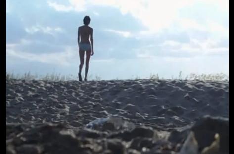 devchonki-drochat-pizdu-na-skrituyu-kameru