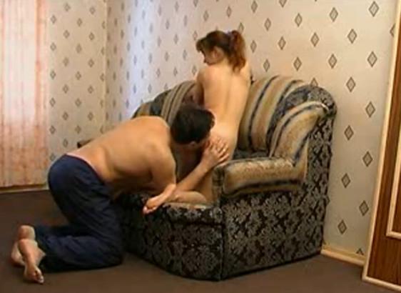 Отец с дочкой занимаються сексом