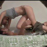 Мамочка мастурбирует скрытая камера