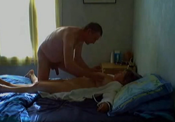 Секс с тщей скрытая съмка