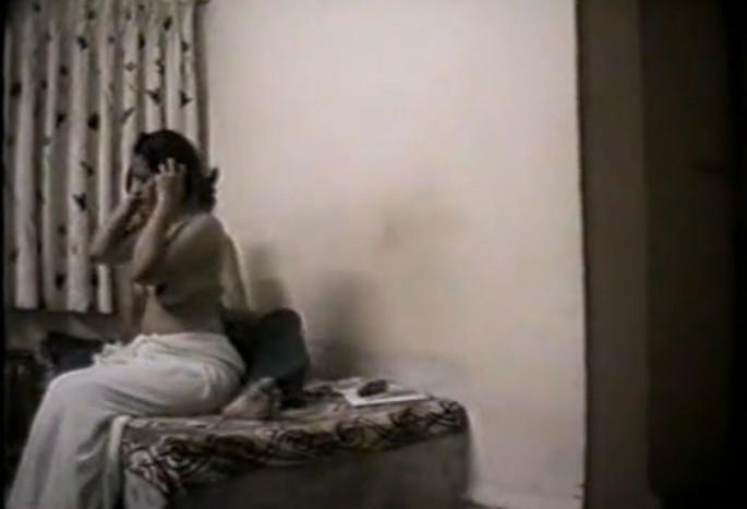 seks-foto-indiya-skritaya-kamera