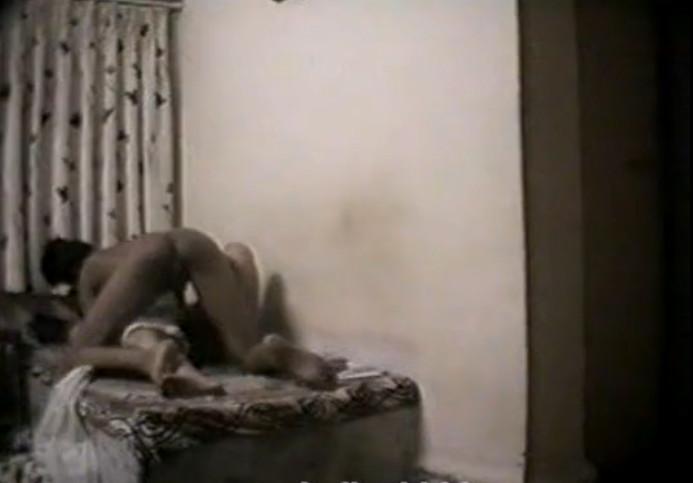 смотреть индийский порно скрытая камера