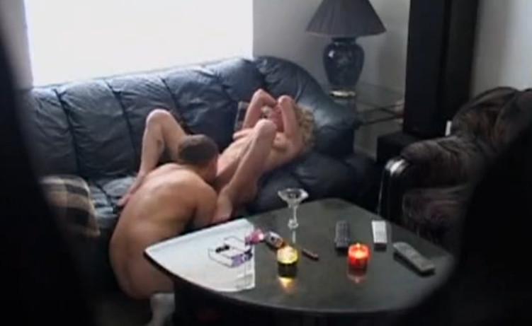 sosedki-lesbiyanki-video