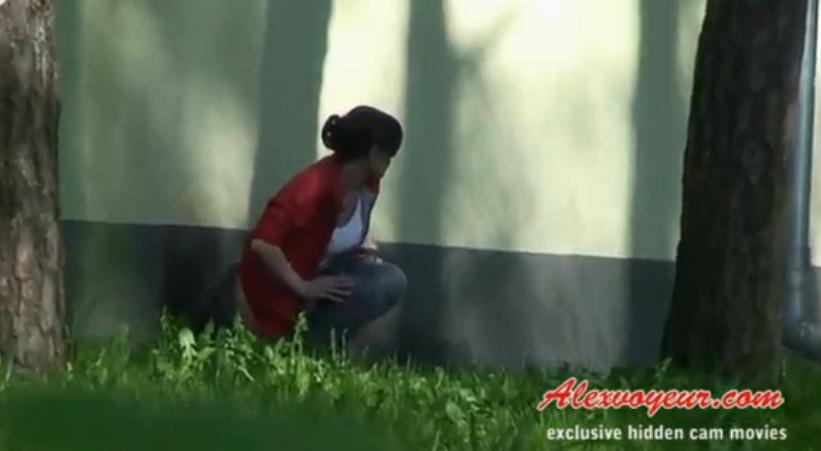 Писающие в парке смотреть онлайн, смотреть порно ролик минет с заглотом