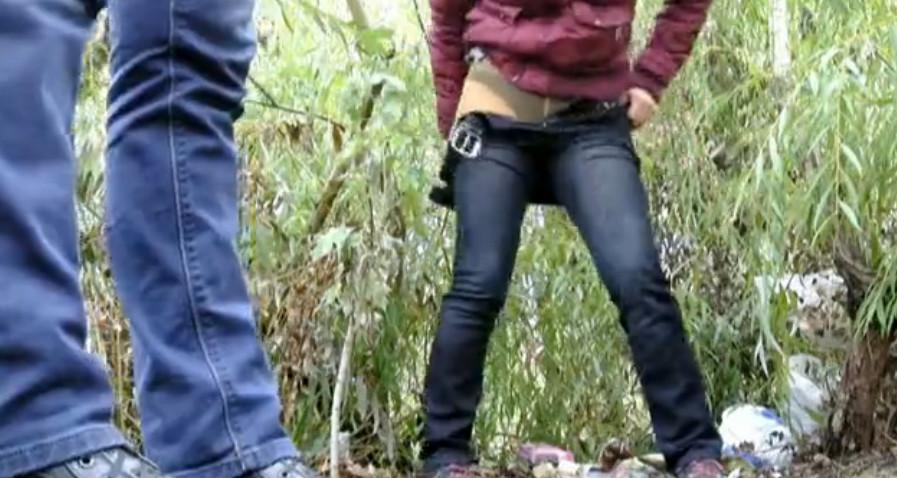 Подглядывания в кустах, порно с русскими московскими проститутками