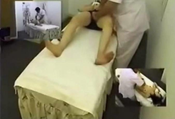 massazh-zhenshin-v-salonah-skritaya-kamera-video