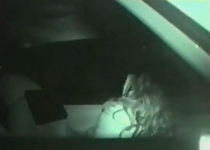 Секс в машине скрытая