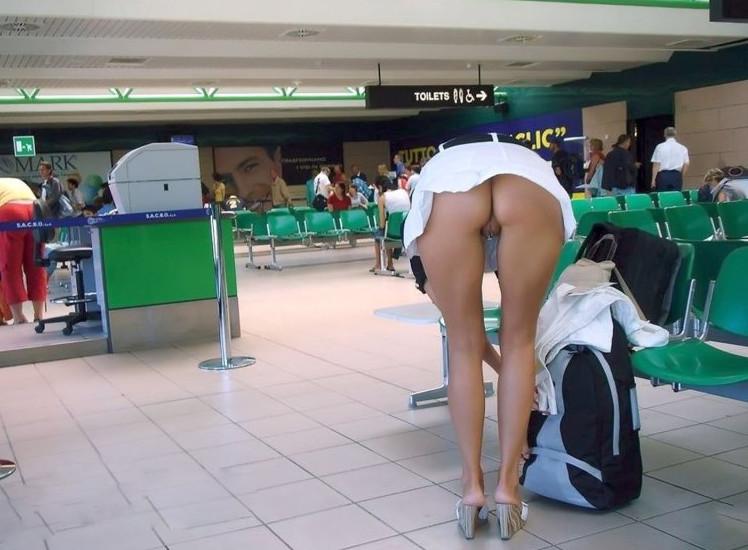 Подсмотр в общ транспорте секс фото, беркова елена порево