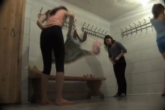 Русская баня скрытая камера девушек