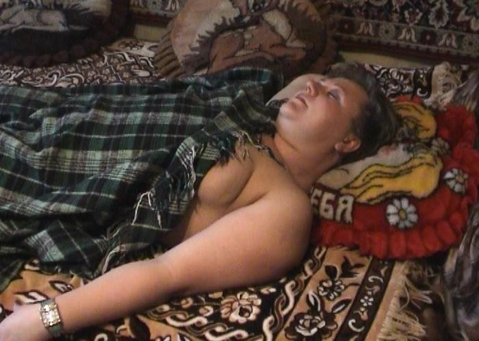 скрытая камера спящая голая мамочка-яш2