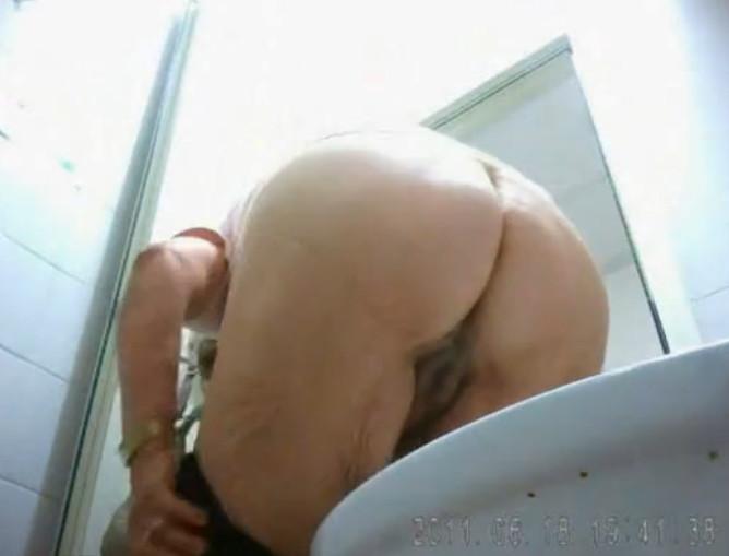 Порно видео подглядывание и скрытая камера, смотреть ...