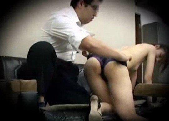 Подглядывание за секретарем
