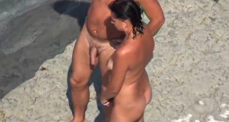 занятие сексом на пляже фото