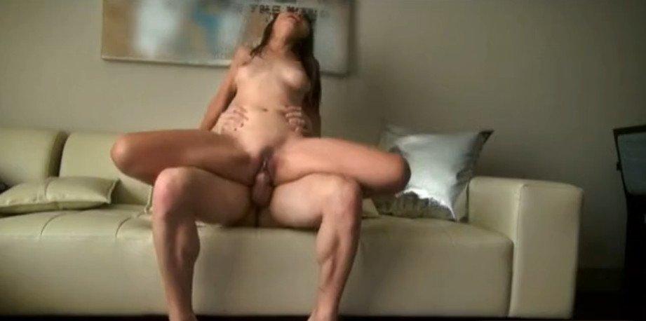 видео секс из за угла