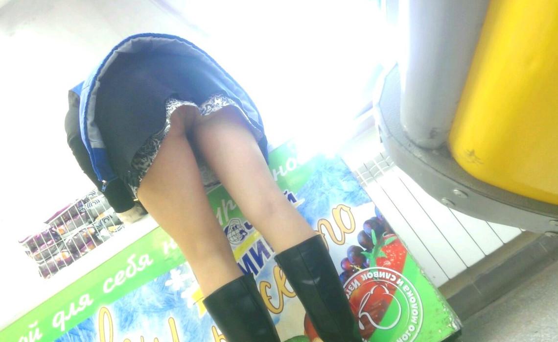 Под юбкой у продавщицы онлайн фото 688-929